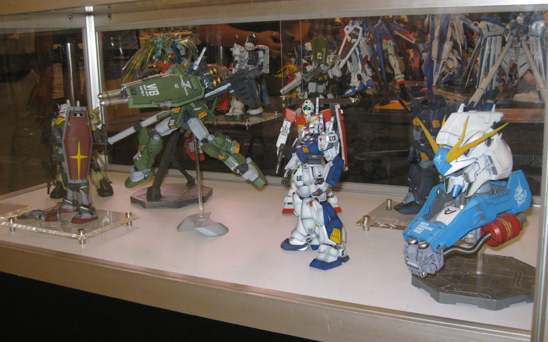 Gundam models were on display in large numbers.